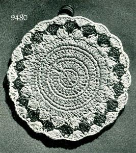 Pearl Necklace w 3 Flowers Motif Necklace Free Crochet Pattern