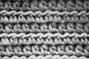 Learn to Crochet : Making a half double crochet (abbreviated hdc